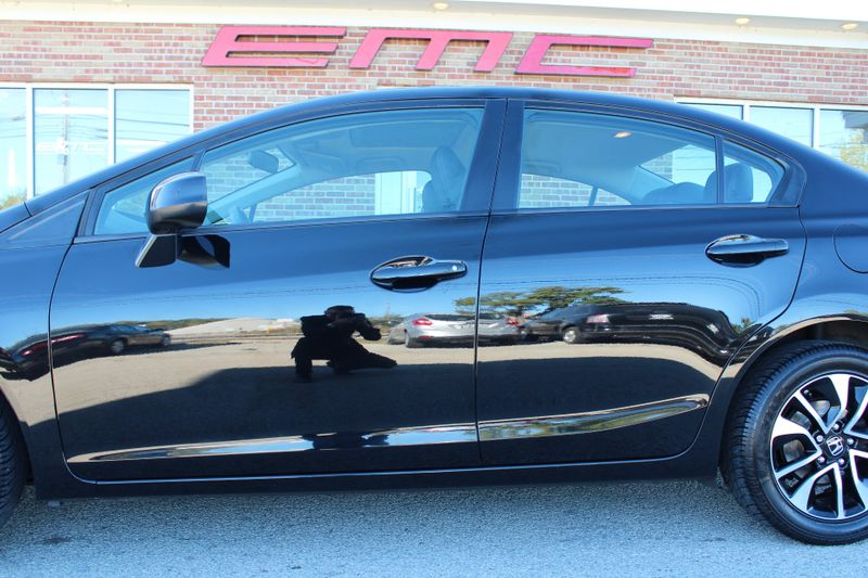 2013 Honda Civic EX-L  Lake Bluff IL  Executive Motor Carz  in Lake Bluff, IL