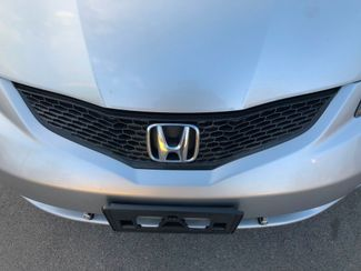 2013 Honda Fit HB Knoxville , Tennessee 5