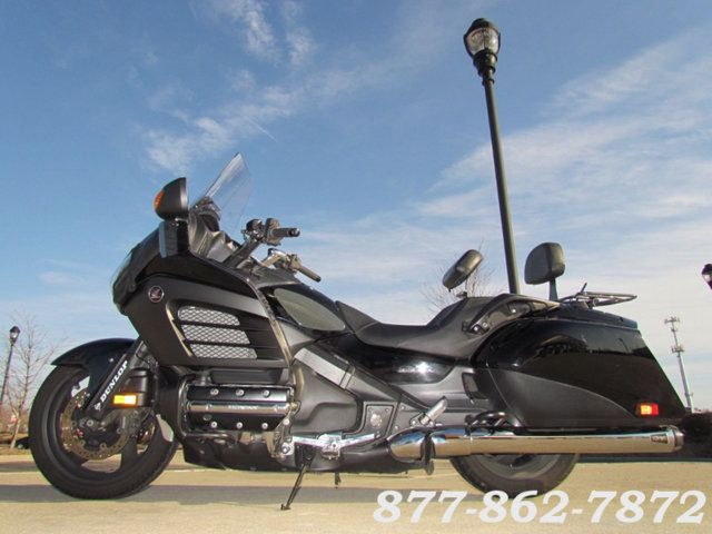 2013 Honda GOLD WING F6B DELUXE GL1800BDD GOLD WING F6B DELUXE McHenry, Illinois 36