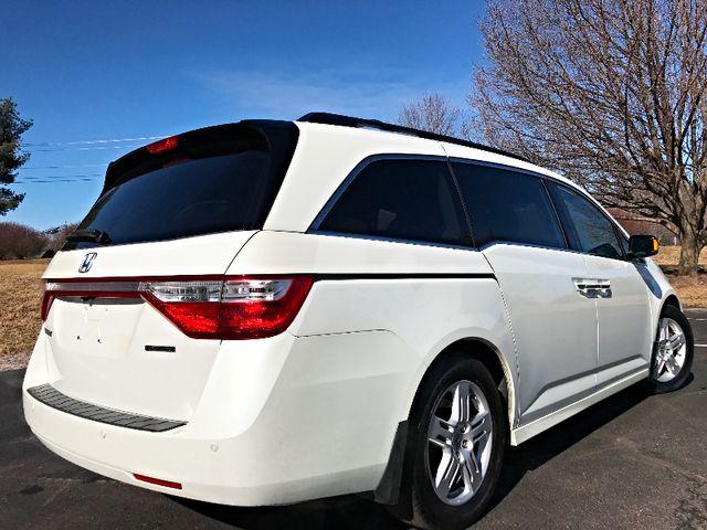 2013 Honda Odyssey Touring Leesburg, Virginia 3