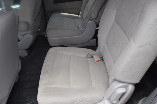 2013 Honda Odyssey LX Richmond Hill, New York 6