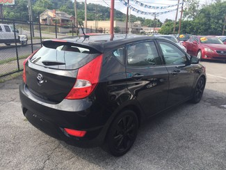 2013 Hyundai Accent 5-Door GS Knoxville , Tennessee 41