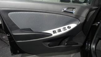 2013 Hyundai Accent 5-Door SE Virginia Beach, Virginia 11