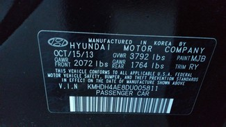 2013 Hyundai Elantra Limited East Haven, CT 35