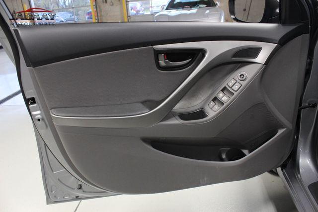 2013 Hyundai Elantra Limited Merrillville, Indiana 25