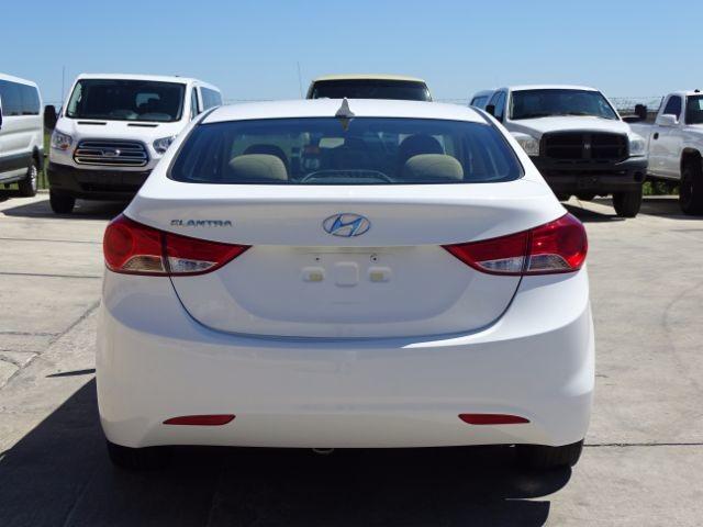 2013 Hyundai Elantra GLS San Antonio , Texas 3