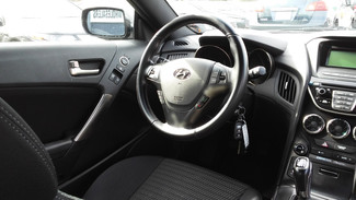 2013 Hyundai Genesis Coupe 2.0T East Haven, CT 8