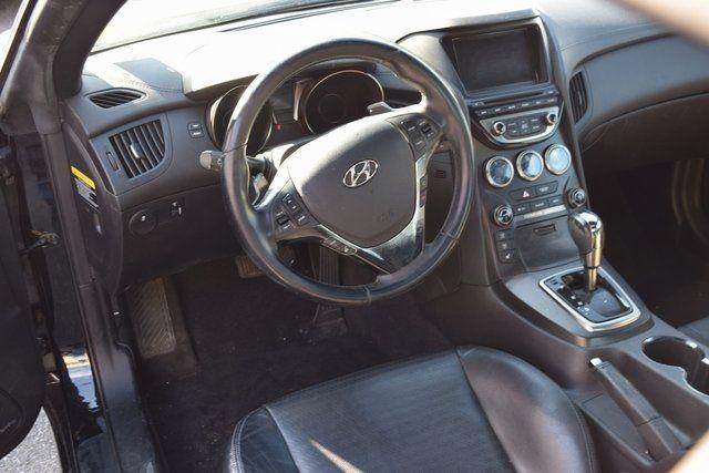 2013 Hyundai Genesis Coupe 3.8 Grand Touring Richmond Hill, New York 17