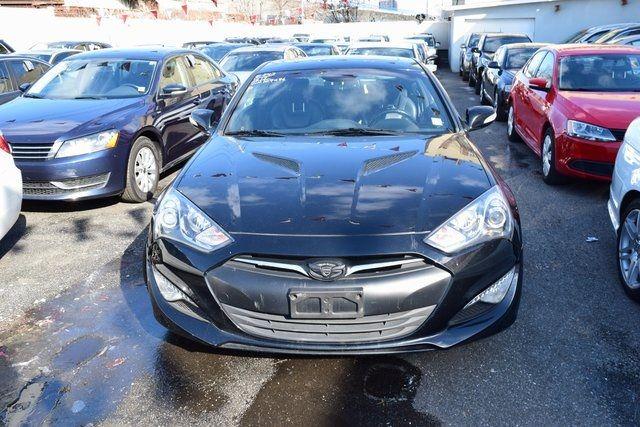 2013 Hyundai Genesis Coupe 3.8 Grand Touring Richmond Hill, New York 2