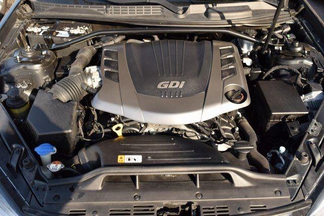 2013 Hyundai Genesis Coupe 3.8 Grand Touring Richmond Hill, New York 4