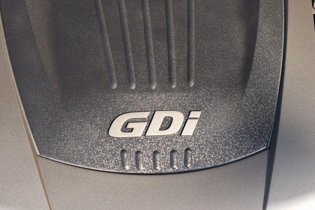 2013 Hyundai Genesis Coupe 3.8 Grand Touring Richmond Hill, New York 5