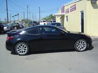 2013 Hyundai Genesis Coupe 2.0T Premium Auto San Antonio, Texas 4