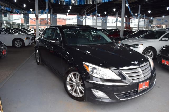 2013 Hyundai Genesis 3.8L Richmond Hill, New York 1