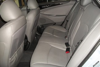 2013 Hyundai Sonata Limited Bentleyville, Pennsylvania 27