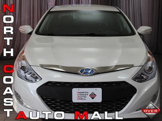 2013 Hyundai Sonata Hybrid 4dr Sedan in Akron, OH