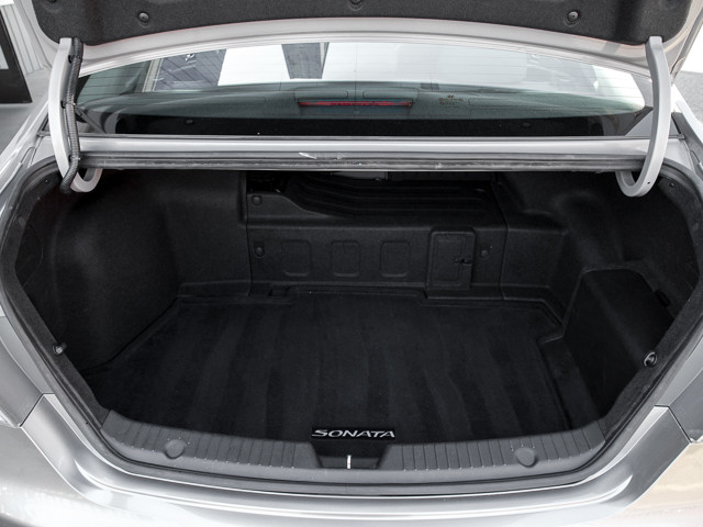 2013 Hyundai Sonata Hybrid Limited w/Panoramic Sunroof Pkg Burbank, CA 15