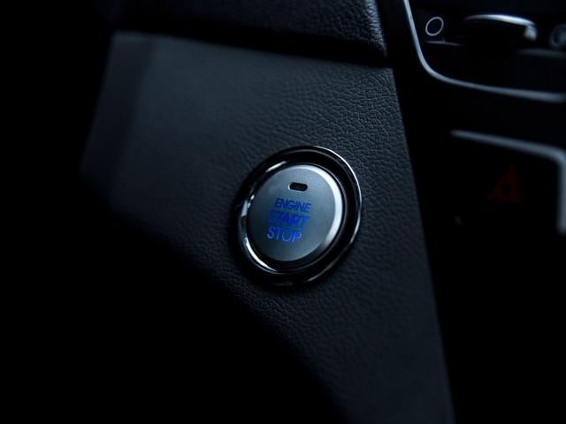 2013 Hyundai Sonata Hybrid Limited w/Panoramic Sunroof Pkg Burbank, CA 29