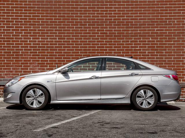 2013 Hyundai Sonata Hybrid LIMITED Burbank, CA 7