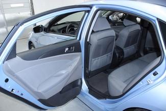 2013 Hyundai Sonata  Hybrid Kensington, Maryland 24