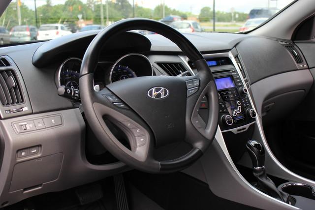 2013 Hyundai Sonata SE Mooresville , NC 18
