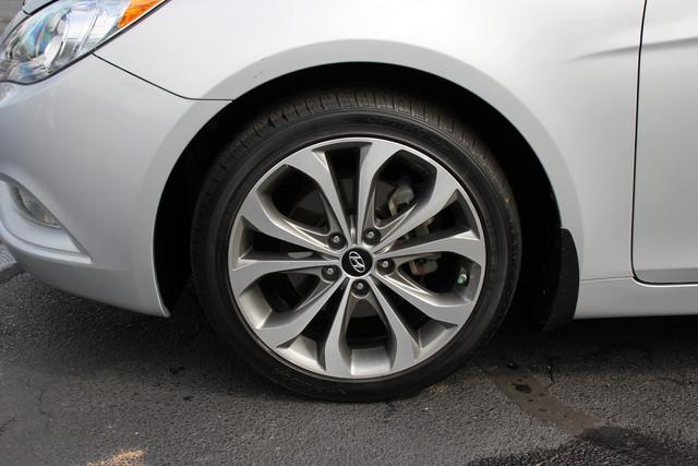 2013 Hyundai Sonata SE Mooresville , NC 9