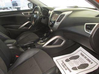2013 Hyundai Veloster w/Black Int Gardena, California 8