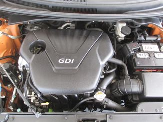 2013 Hyundai Veloster w/Black Int Gardena, California 15