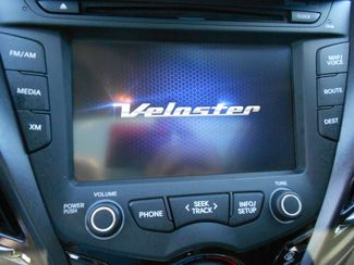 2013 Hyundai Veloster Turbo w/Black Int Memphis, Tennessee 24