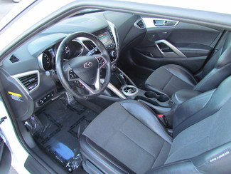 2013 Hyundai Veloster w/Black Int Sacramento, CA 14
