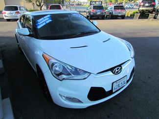 2013 Hyundai Veloster w/Black Int Sacramento, CA 5