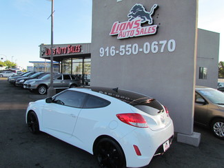 2013 Hyundai Veloster w/Black Int Sacramento, CA 9
