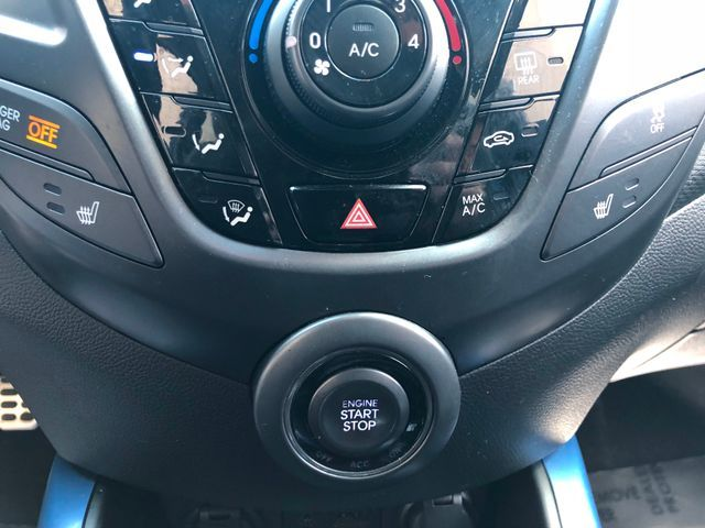 2013 Hyundai Veloster Turbo w/Blue Int Sterling, Virginia 24