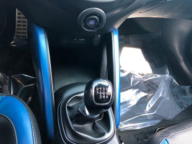 2013 Hyundai Veloster Turbo w/Blue Int Sterling, Virginia 26
