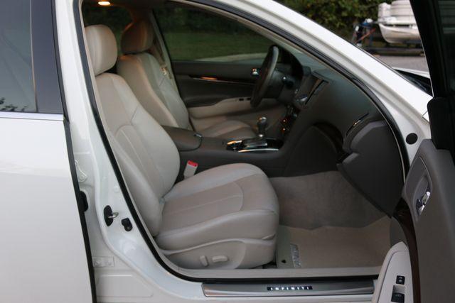 2013 Infiniti G37 Sedan x Mooresville, North Carolina 23