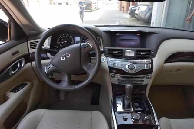 2013 Infiniti M37 4dr Sdn AWD Richmond Hill, New York 8