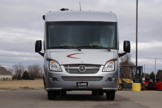 2013 Itasca Reyo M25T Mercedes Sprinter Bettendorf, Iowa 1