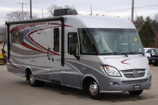 2013 Itasca Reyo M25T Mercedes Sprinter Bettendorf, Iowa 13