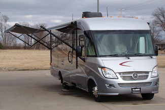 2013 Itasca Reyo M25T Mercedes Sprinter Bettendorf, Iowa 27