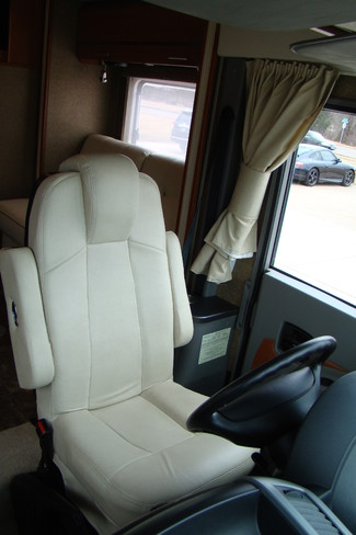 2013 Itasca Reyo M25T Mercedes Sprinter Bettendorf, Iowa 104