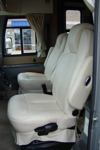 2013 Itasca Reyo M25T Mercedes Sprinter Bettendorf, Iowa 105