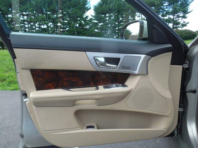2013 Jaguar XF V6 AWD Leesburg, Virginia 37