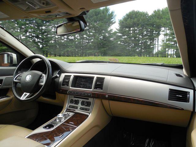 2013 Jaguar XF V6 AWD Leesburg, Virginia 16