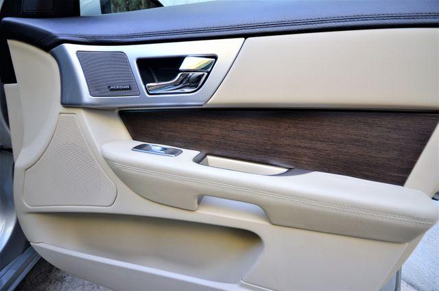 2013 Jaguar XF V6 RWD Reseda, CA 35