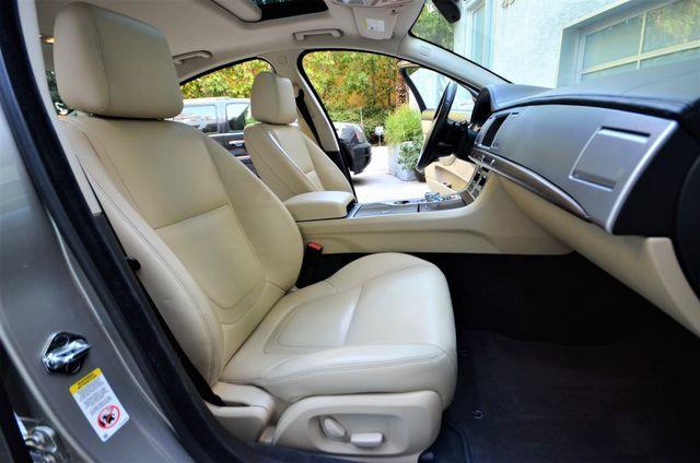2013 Jaguar XF V6 RWD Reseda, CA 38