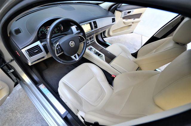 2013 Jaguar XF V6 RWD Reseda, CA 44