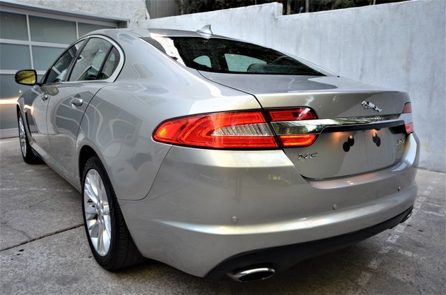 2013 Jaguar XF V6 RWD Reseda, CA 50