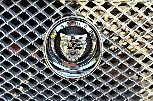 2013 Jaguar XF V6 RWD Reseda, CA 20