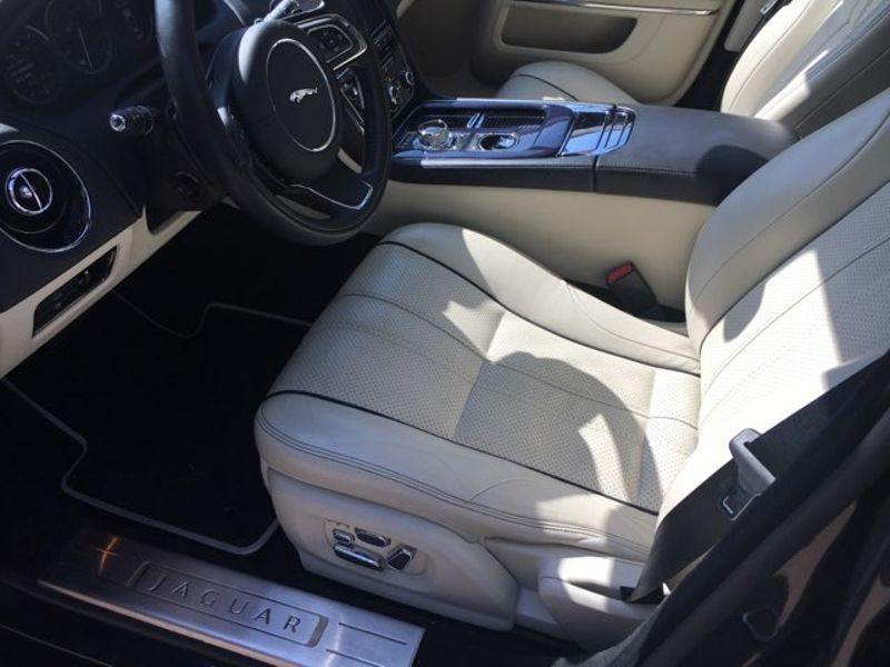 2013 Jaguar XJ Portfolio  city TX  MM Enterprise Motors  in Dallas, TX
