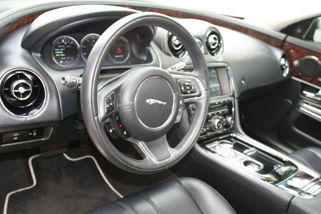 2013 Jaguar XJ Houston, Texas 15