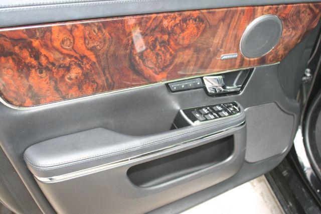 2013 Jaguar XJ Houston, Texas 16